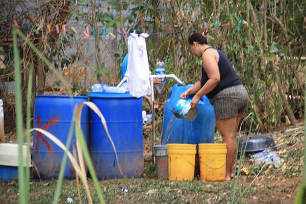 El distrito de Arraiján es una de las regiones del país en donde el Idaan abastece con carros cisternas cerca de 40 comunidades de los corregimientos de Veracruz y Arraiján cabecera.Foto: Eric Montenegro