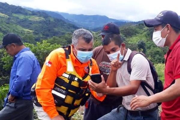 En la provincia de Chiriquí, ante la alerta roja decretada por el Sistema Nacional de Protección Civil (Sinaproc), las unidades recorren áreas inundadas y puntos vulnerables donde el cauce del río se pueda desbordar.