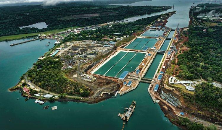 El informe incluye al Canal de Panamá como una de las organizaciones analizadas con lecciones aprendidas durante la pandemia. Foto/Archivo