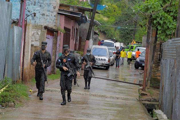 En algunas regiones de las más afectadas en Honduras las precipitaciones alcanzarían los 200 milímetros, mientras que en las zonas urbanas serían menores a los 100 milímetros.