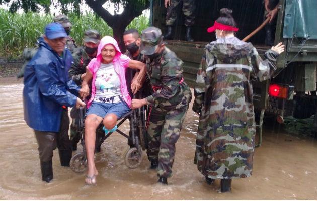 En su recorrido por el norte de Nicaragua, Iota causó inundaciones, deslizamientos de tierra, destrucción y muerte. Foto: EFE.