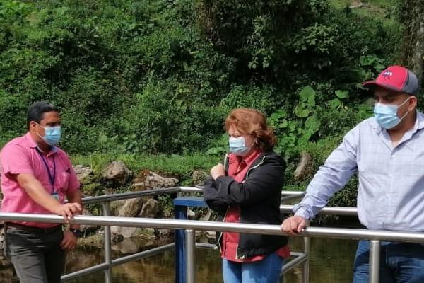 La toma de agua de este proyecto se encuentra ubicada en la comunidad de Las Nubes, en el distrito de Tierras Altas.