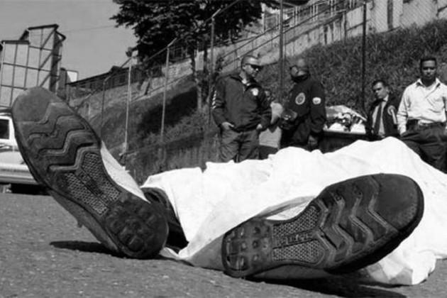 Uno de cada cuatro homicidios en Panamá se cometen contra personas jóvenes de 18 a 24 años de edad. Foto: EFE.