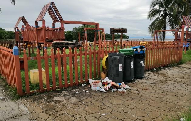 El comité Playa El Agallito, que mantiene la administración de estos espacios, pidió a la comunidad un uso responsable del lugar, ya que se han encontrado con gran cantidad de basura a lo largo de la vía.