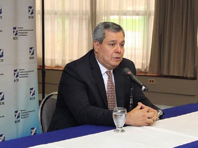 El reto para la región es salir de la crisis sanitaria. EFE