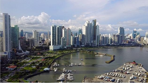 El impacto de la pandemia de la COVID-19 ha dejado a muchos sectores económicos muy golpeados en Panamá, entre ellos las aseguradoras. Foto: Wikipedia