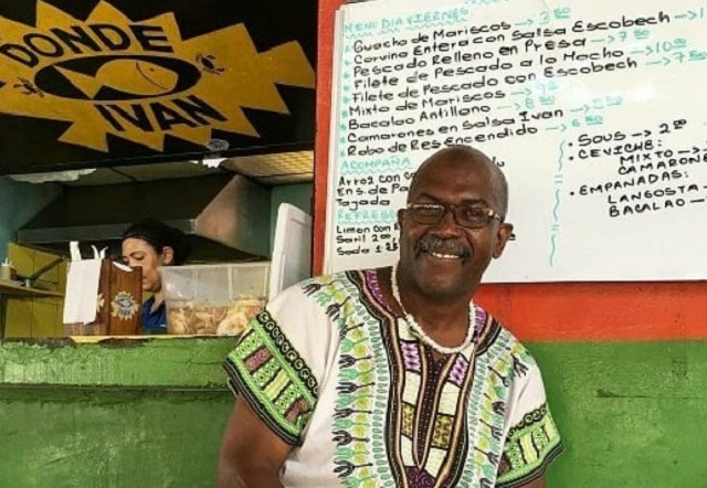 Iván Gómez era uno de los máximos exponen de la gastronomía afroantillana. Foto: Twitter
