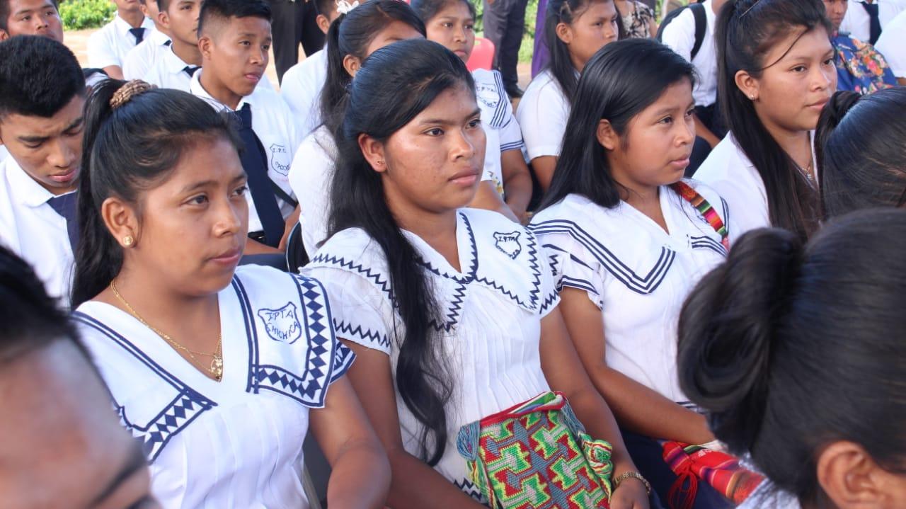 Buscan crear universidad de los pueblos indígenas.