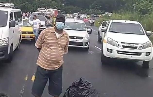Ya están cansados y quieren que quede atrás el servicio de distribución de agua por carros cisterna, que les causa muchas incomodidades e incluso es menos seguro para su salud.