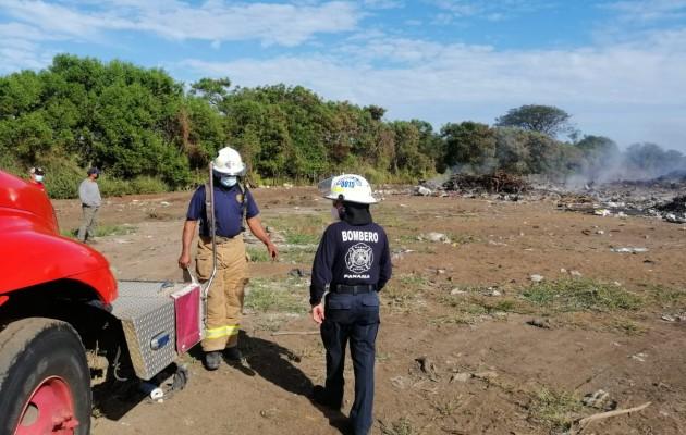 Los casos más recientes de incendio en los botaderos de basura se dieron en las comunidades de Guararé, en la provincia santeña; mientras que el de Pesé, provincia de Herrera, también ardió durante varios días.
