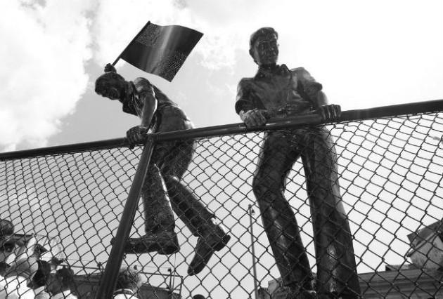 El aniversario 57 de la Gesta nos tomó con la vergonzosa situación del fotógrafo peruano Emilio Gastelú, quien murió soñando en convertirse en un ciudadano panameño. Foto: Archivo. Epasa.