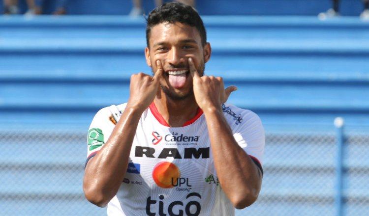 Jorman Aguilar viene de jugar en el San Carlos de Costa Rica. Foto: @ADSancarlos