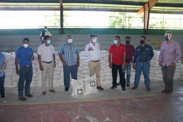 El ministro Augusto Valderrama anunció la inversión de unos 10 millones de dólares, en el marco del Plan Panamá Solidario. Foto/Cortesía