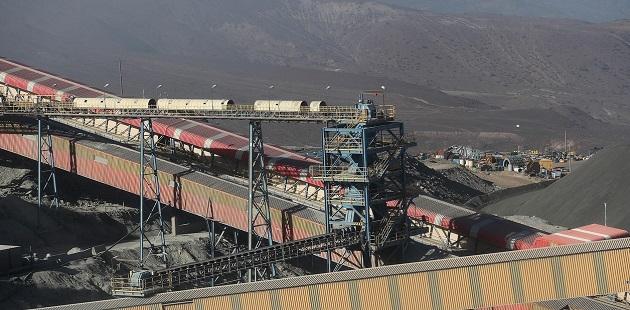Cochilco también proyectó un volumen de producción en Chile de cerca de 6 millones de toneladas para este año. EFE