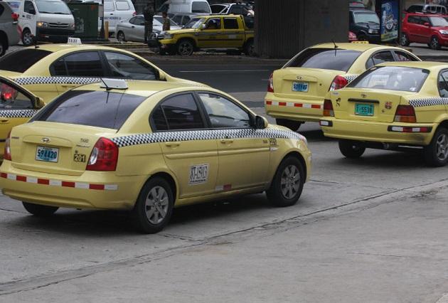 Todos los taxis podrán circular los viernes en Panamá y Panamá Oeste.