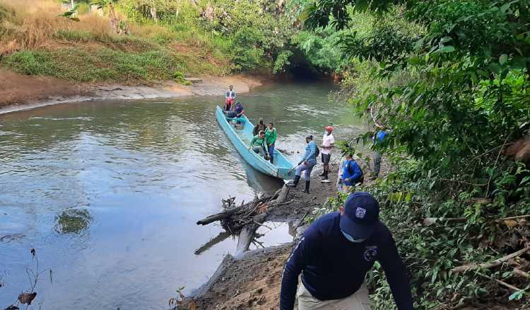 Parte del recorrido realizado por las autoridades en Darién. MP