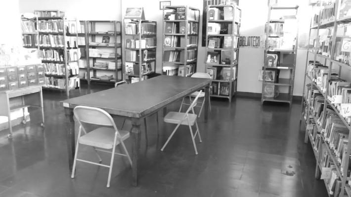 Las bibliotecas públicas están al mando del Ministerio de Educación y la Fundación Biblioteca Nacional, la cual colabora suministrando los ejemplares, mobiliarios, equipos de oficina, pinturas, pago de luz, agua y basura. Foto: Cortesía Lourdes Tejada.