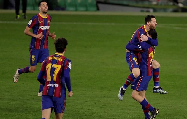Messi rescató al Barcelona.