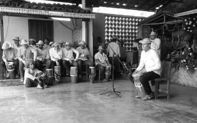 Durante una semana, se celebran concursos de acordeón, de carretas, de danza, de décimas cantadas y escritas, de indumentaria, de toque de mejorana, de tambor, de tunas y de violín. Foto: Archivo.
