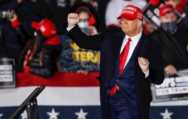 Donald Trump fue absuelto este sábado por el Senado. Foto: EFE