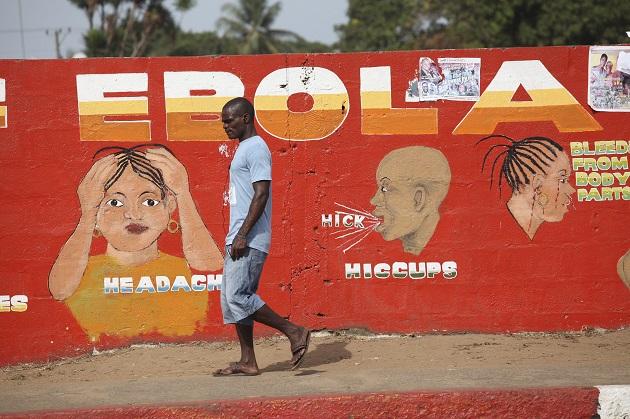 La OMS está preocupada por las informaciones de 4 muertes sospechosas de ébola en Guinea. Foto: EFE