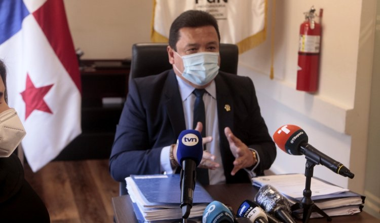 Eduardo Ulloa, procurador general de la Nación, atendió la mañana de ayer a los medios de comunicación para hablar de este tema. Víctor Arosemena