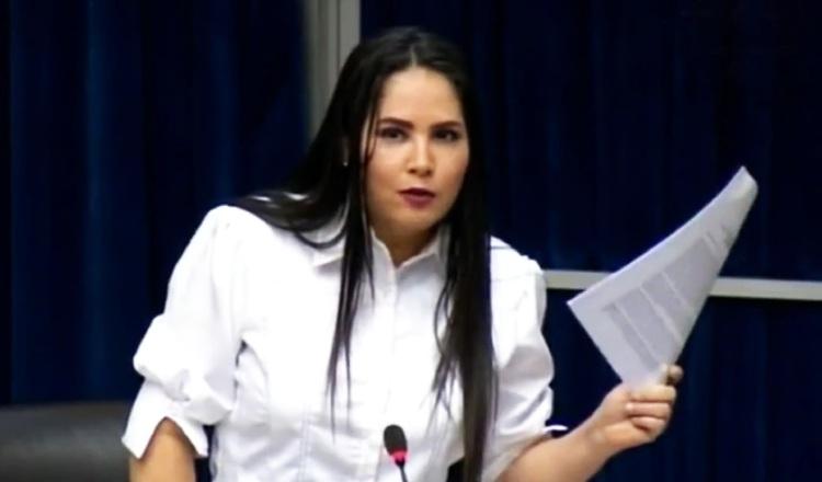 Diputada perredista Zulay Rodríguez.