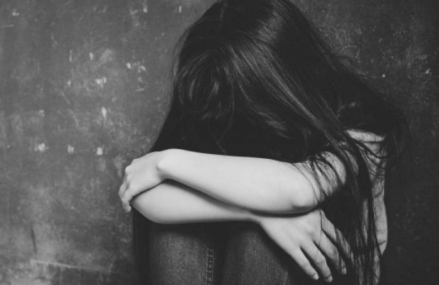 Abusar de menores es un delito imperdonable. Descuidarlos, desprotegerlos es lo peor que nos puede pasar. Foto: EFE. Ilustrativa.