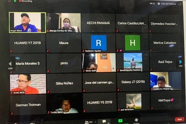 Reunión virtual con docentes.