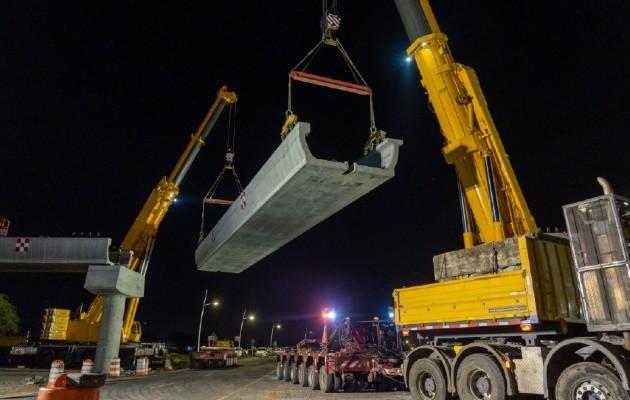 Colocan última viga del proyecto Ramal de la Línea 2 de Metro de Panamá. Foto: Cortesía