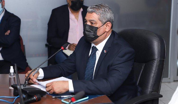 Luis F. Sucre ha sido un asistente frecuente, en los últimos meses, a la Comisión de Presupuesto. Foto de cortesía