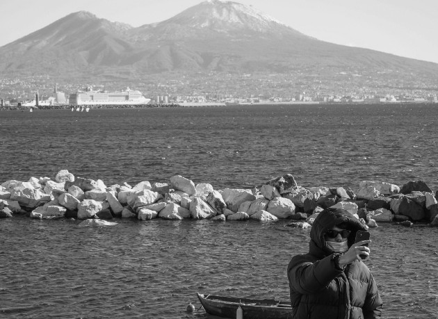 Nuestras vidas superan con creces las capacidades limitadas de los barcos, porque con solo el pensamiento podemos desplazarnos de manera ilimitada,La propia mente es el último continente inexplorado por el hombre. Foto: EFE.