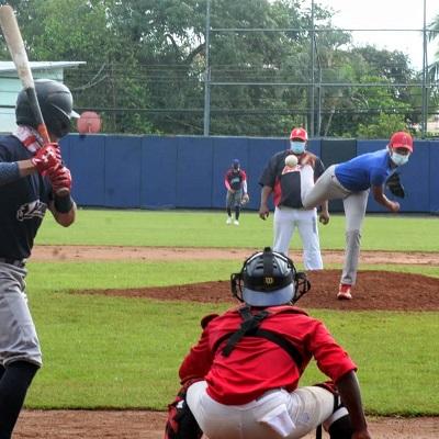 Veraguas suma 10 años sin ganar en el béisbol juvenil. Foto: Fedebeis