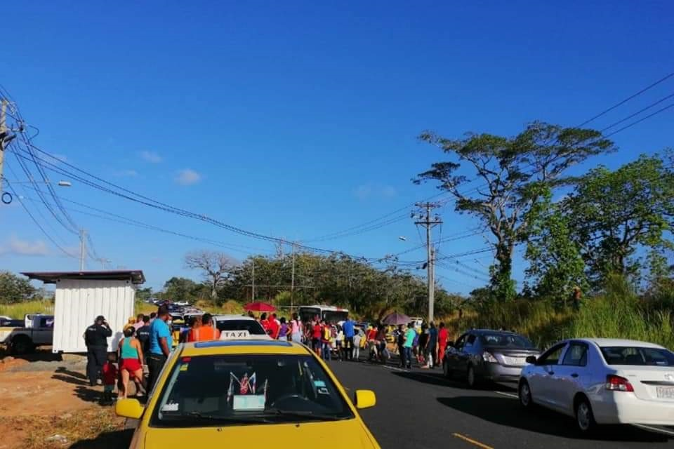 Han protagonizado protestas en la calle, siendo desalojados por la Policía Nacional. Foto: Diómedes Sánchez