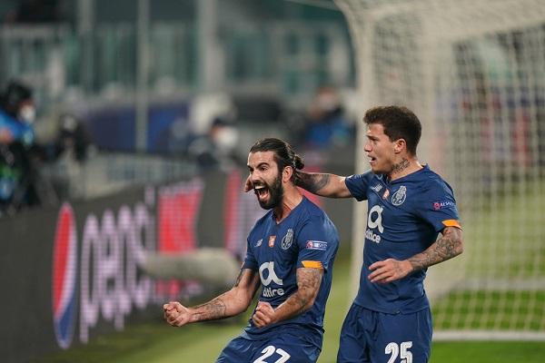 Sérgio Oliveira marcó el gol que le dio el pase al Porto a los cuartos de final. Foto: @FCPorto