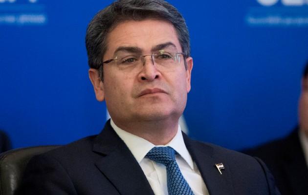 El presidente hondureño, Juan Orlando Hernández, aseguró que mantendrá la