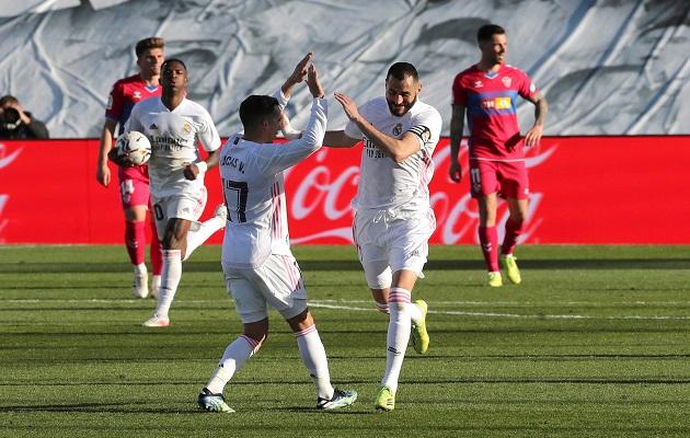 Benzema rescató de nuevo al Madrid.
