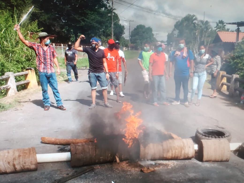 Los moradores de esta comunidad de Veraguas ya se han manifestado en las calles. Foto: Melquiades Vásquez