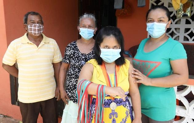 Mabel Barría venció todos los diagnósticos médicos que le aseguraban una corta vida. Foto cortesía Mides