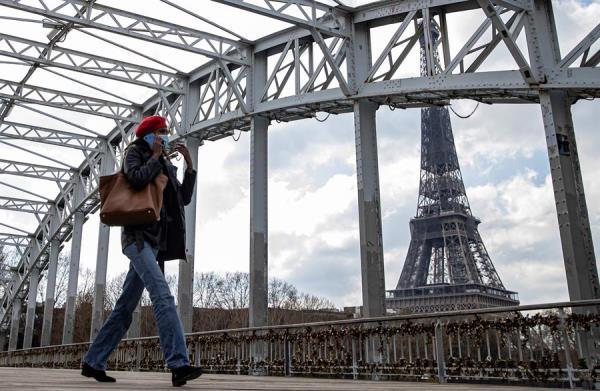 Hasta ahora había un toque de queda en toda Francia de seis de la tarde a seis de la mañana. EFE