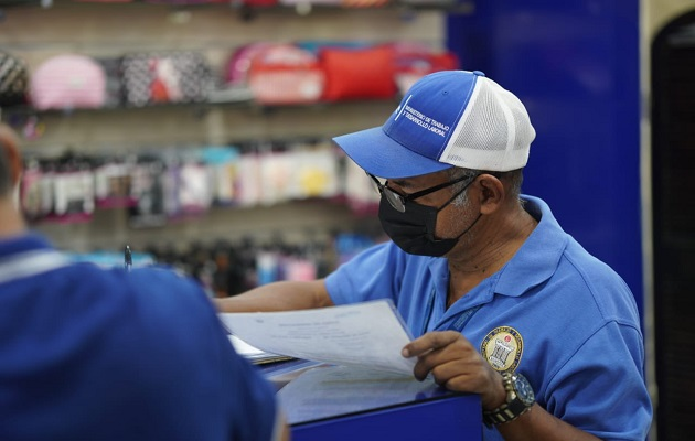 Mitradel realiza operativos de verificación en las diferentes empresas y locales.