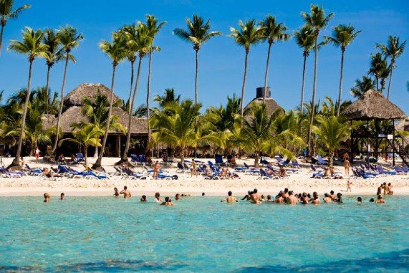 La isla recibió el año pasado 2.4 millones de turistas en 2020. EFE