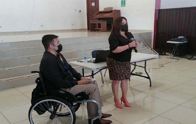 Las nuevas y viejas construcciones deberán cumplir con las especificaciones que marca la ley para la movilidad de las personas con discapacidad.