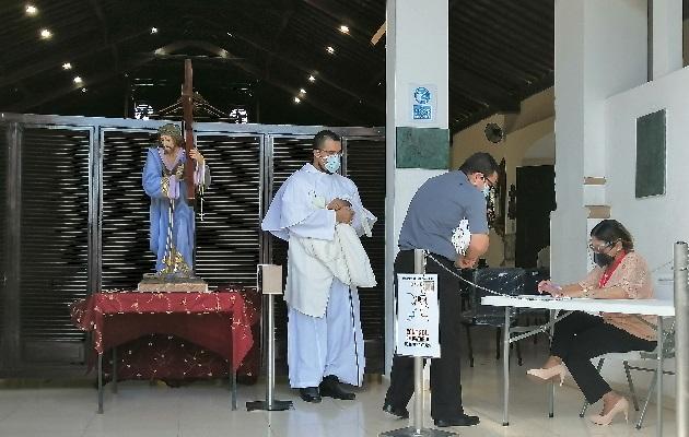 En los templos se realizarán algunas actividades con el 25% del aforo permitido.