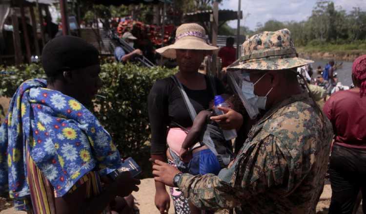 Diariamente ingresan migrantes a Panamá que llegan al sector de Bajo Chiquito en la provincia del Darién. Víctor Arosemena