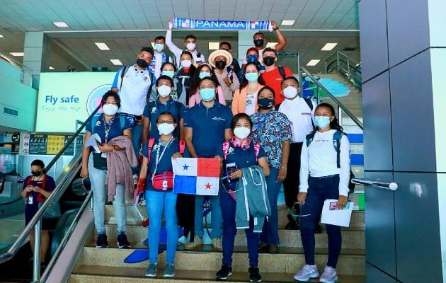 Ifarhu beca a estudiantes que estudiarán medicina en Cuba. Foto:Cortesía