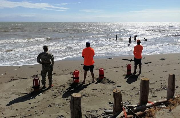 El Sinaproc se mantuvo alerta en las playas del país en Semana Santa.