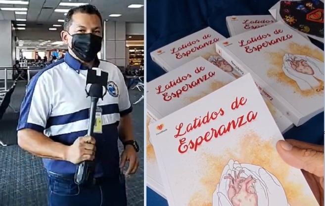 Luis Casis y la portada del libro trabajado por Coral Family. Instagram