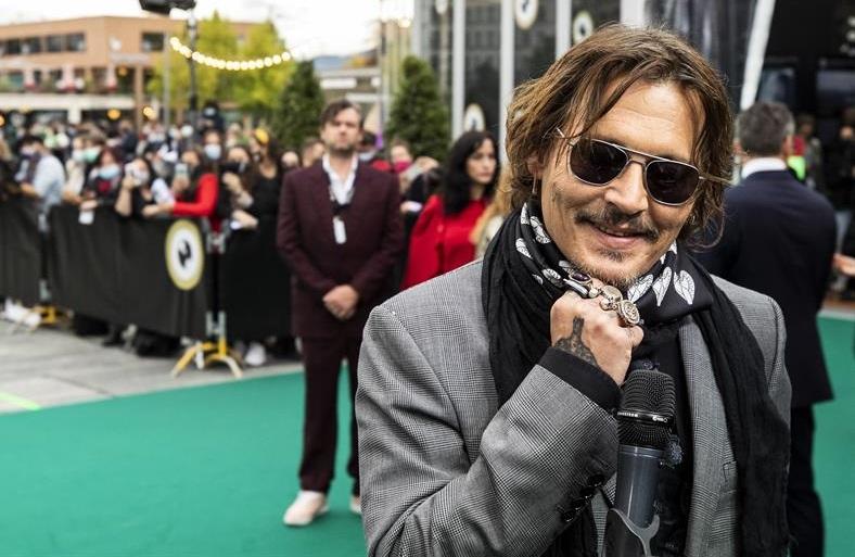 Johnny Depp y Andrew Levitas presentarán