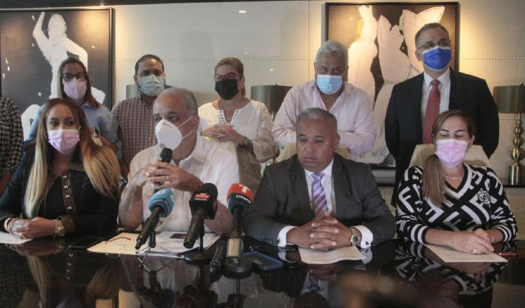 Equipo legal de Ricardo Martinelli presentará denuncia para desenmascarar a las mentes detrás de Baltasar Garzón.